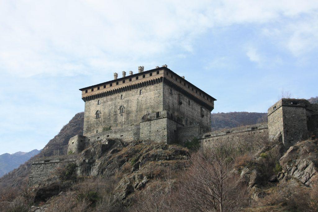 i castelli della val d'aosta